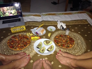 Girls trip - Pizza and a movie!